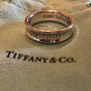 Vintage Tiffany 1837 collection silver Ring sz 11